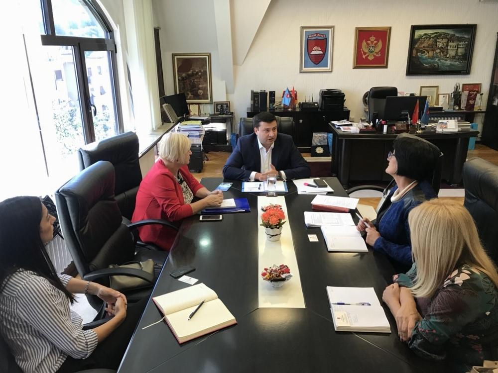 Predsjednik Smolović razgovarao sa predstavnicima Privredne komore Crne Gore
