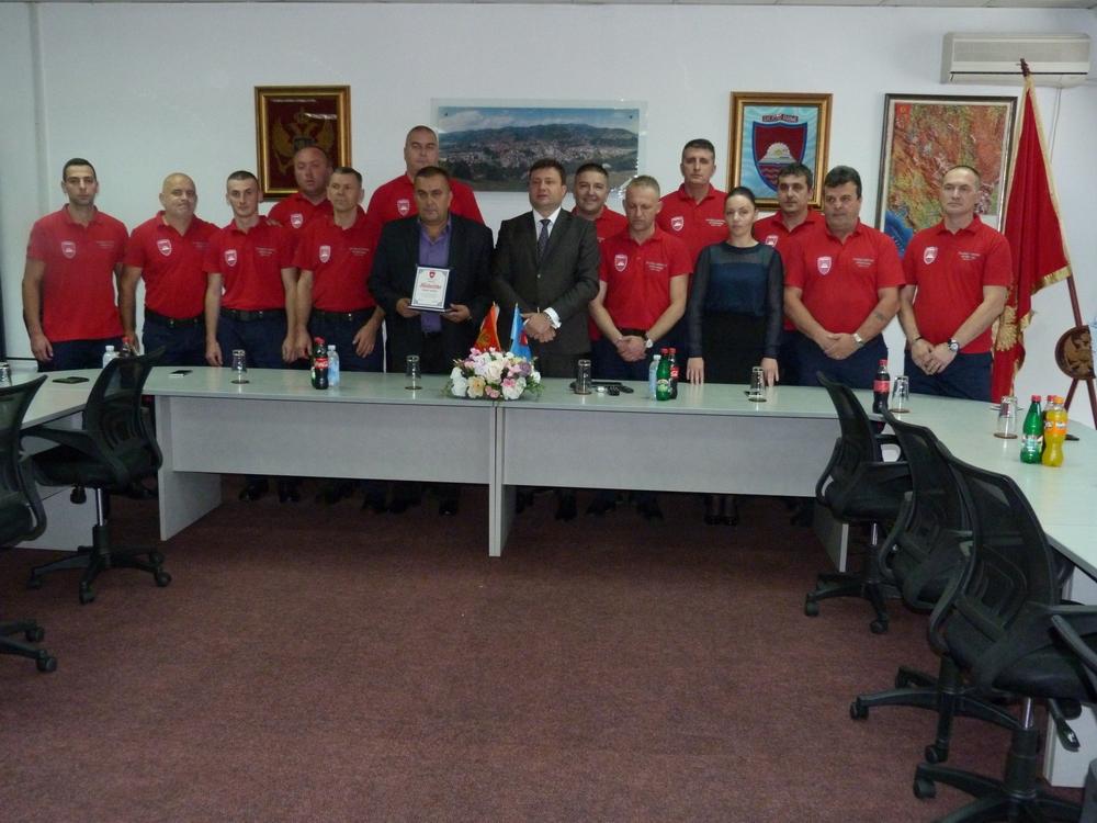 Uručena zahvalnica bjelopoljskim vatrogascima