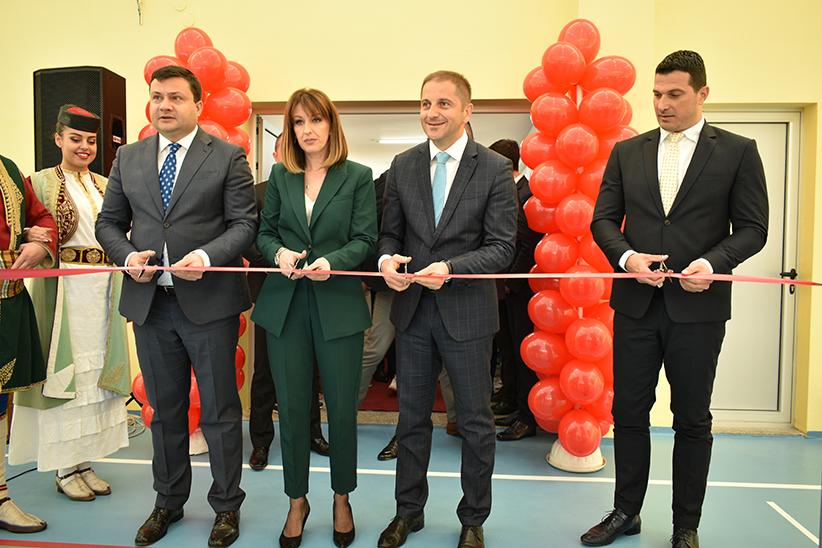 """Otvorena sala OŠ """"Marko Miljanov"""": Preko 9 miliona eura za obrazovanje u Bijelom Polju"""