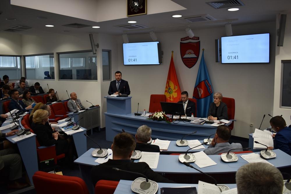 Lokalni parlament usvojio Izvještaj o radu predsjednka Opštine, organa i službi lokalne uprave, Izvještaj o realizaciji Programa rada Skupštine za 2018.godinu i druge odluke